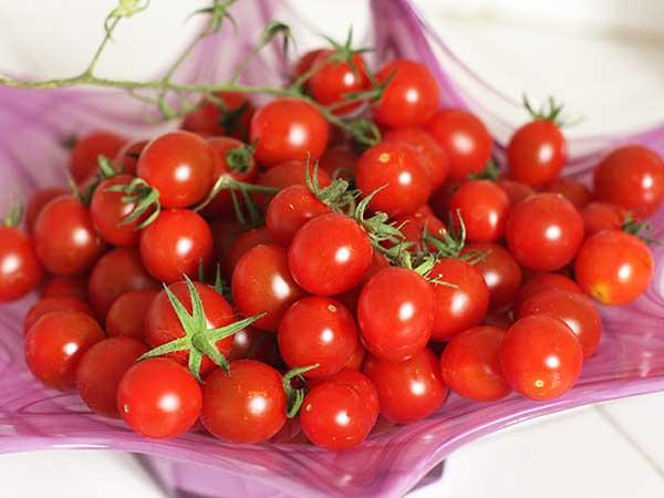 Mơ thấy quả cà chua là điềm báo gì