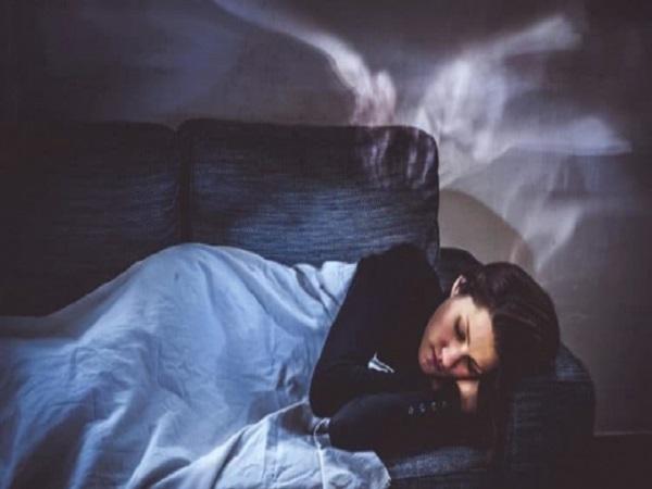 Ngủ hay gặp ác mộng điềm gì?